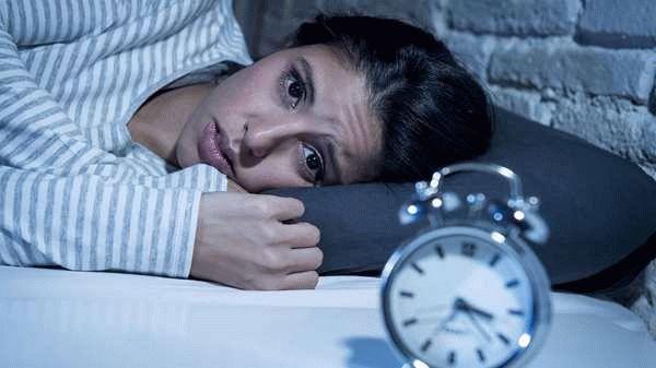 женщина и часы