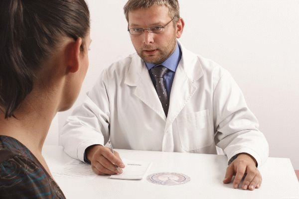 пациентка у врача