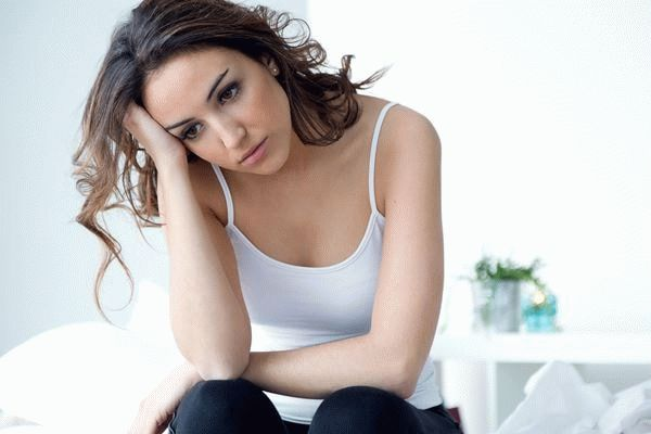 обеспокоенная женщина