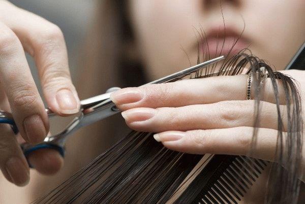 подстригание кончиков