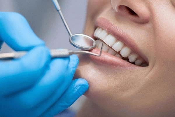 лечат зубы