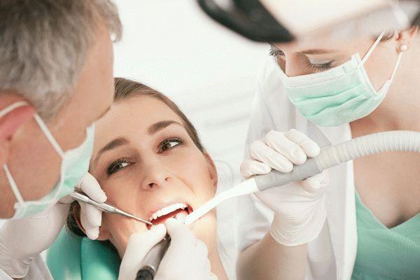 пациентка в стоматологии
